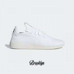 Adidas pharrel 1
