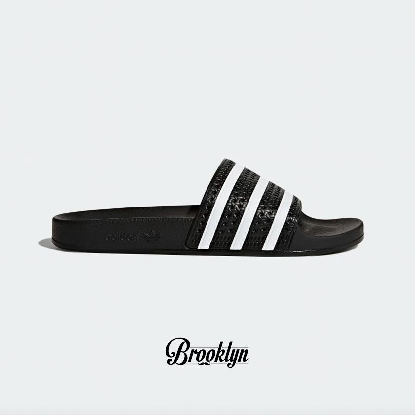Adidas adilette negra